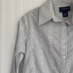 Ann Taylor Petites pinstripe button down shirt 6P